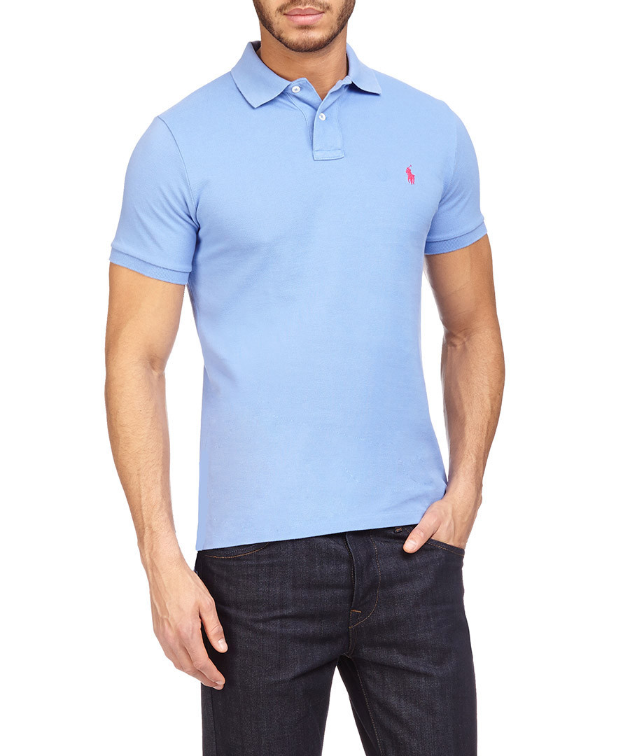 The Ralph Lauren sale features a range of preppy fashion and timeless classics, if you're looking in the outlets for cheaper Ralph Lauren such as their signature polo shirts or t shirts, or maybe a comfortable hoodie for the winter, find them all in the Ralph Lauren sale here.