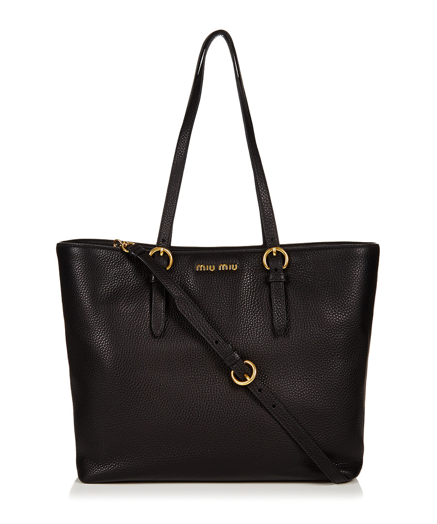 A classic leather tote bag made from % Italian leather. Your new favorite take everywhere bag.