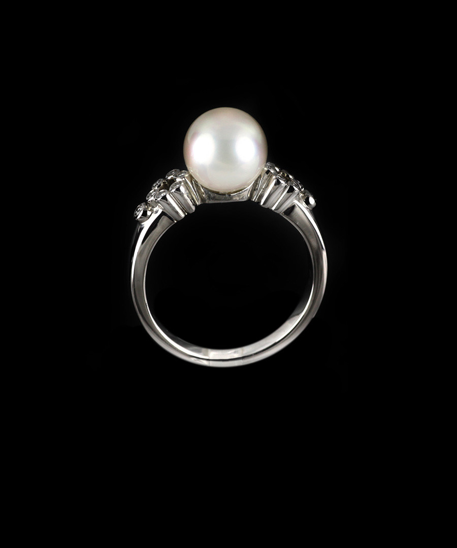Mikimoto 18ct lace white gold pearl diamond ring designer jewellery