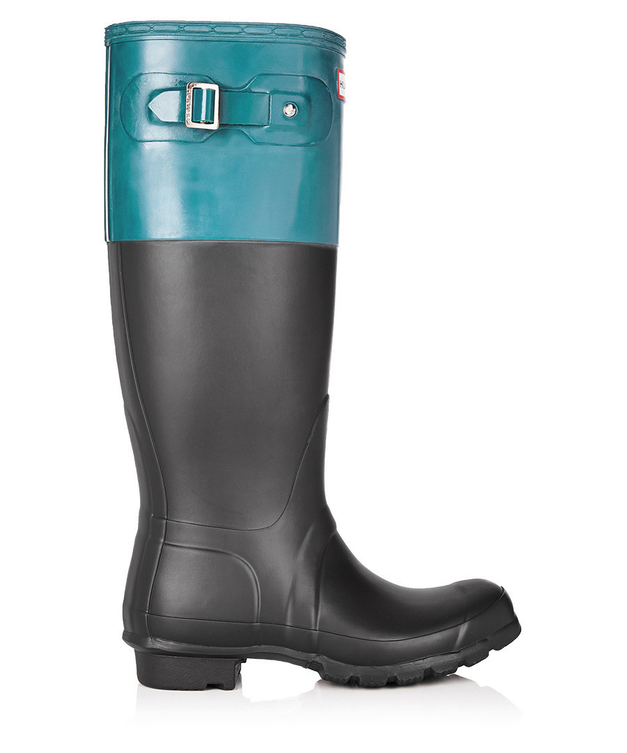 hunter black blue matte wellington boots designer footwear sale outlet secretsales. Black Bedroom Furniture Sets. Home Design Ideas