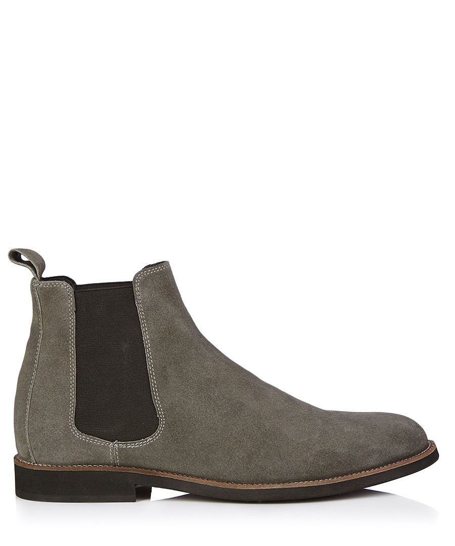 Original &quotIf All Youre Likely To Battle Is A Brisk Springtime Breeze Then A Pair Of Suede Chelsea Boots Would Be The Perfect Choice&quot He Chose A Brighter Ensemble For Our MARLIN Chisel Toe Chukka Boot &quotI Have Styled The Chukka Boots With A More