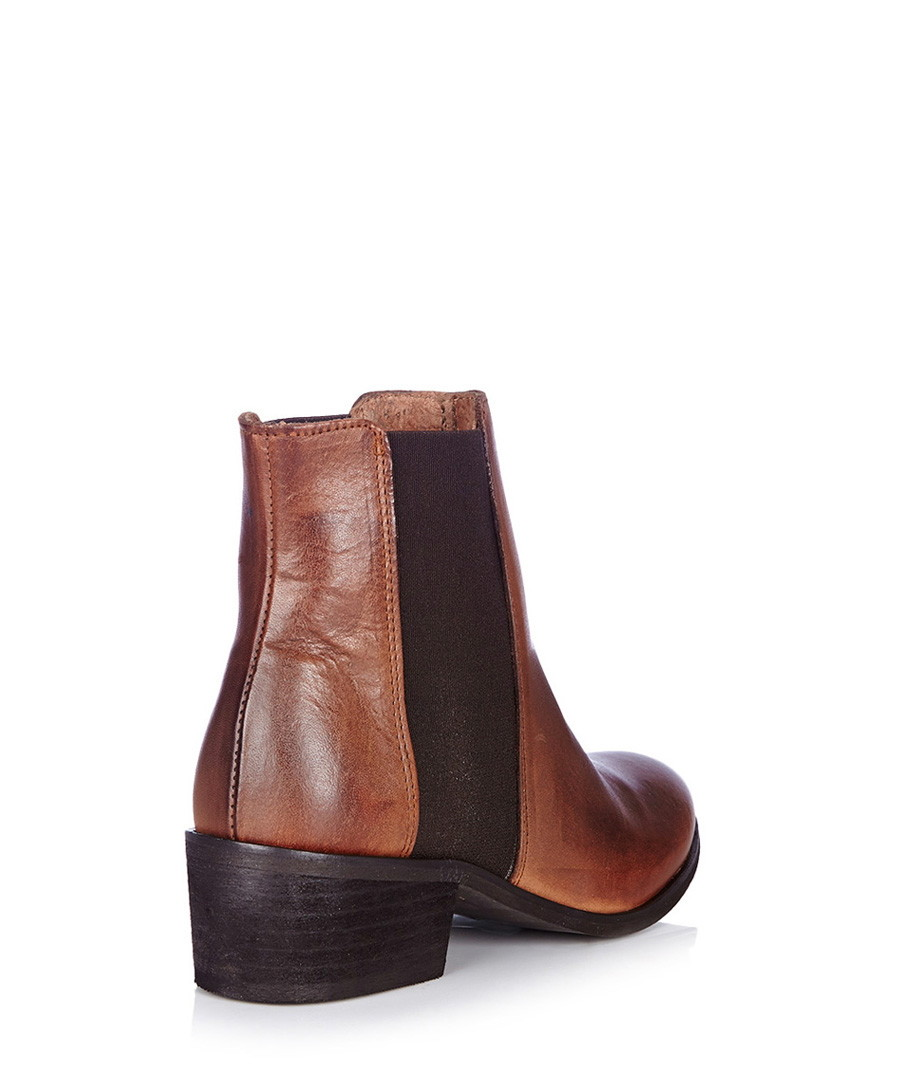 pieces becca new cognac leather chelsea boots designer. Black Bedroom Furniture Sets. Home Design Ideas